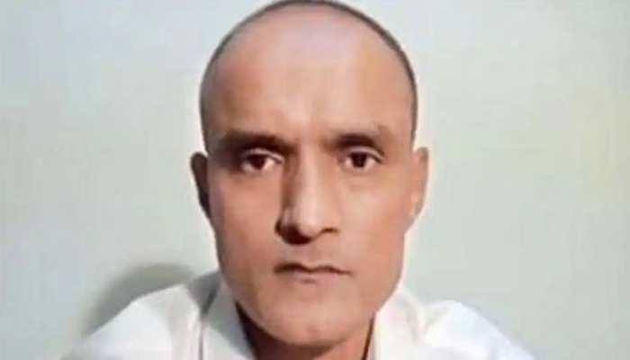 कुलभूषण जाधव केस: पाक हाई कोर्ट ने कहा- वकील की नियुक्ति के लिए भारत को एक और मौका दें