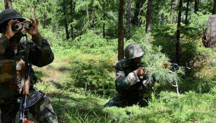 कश्मीर में सुरक्षाबलों ने ढूंढ निकाले 'जैश' के 3 ठिकाने, हथियार और गोला-बारूद बरामद