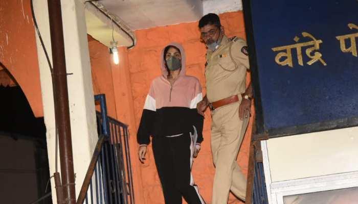 सुशांत केस: लॉकअप में ऐसे कटी Rhea Chakraborty की पहली रात, आज भेजा जाएगा जेल