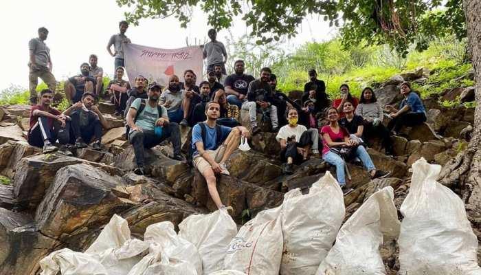अजमेर के इन युवाओं ने उठाया अरावली की पहाड़ियों के सफाई का जिम्मा, खूब हो रही तारीफ...
