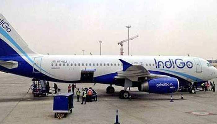 इंदौर: देवी अहिल्या बाई होलकर एयरपोर्ट पर विमान की इमरजेंसी लैंडिंग, टला बड़ा हादसा