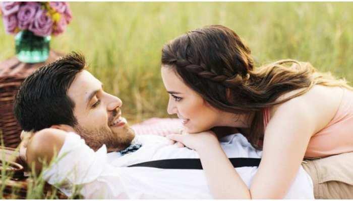 Couple Goals: रिश्ते को मजबूत बनाने के काम आएंगे ये Relationship Tips