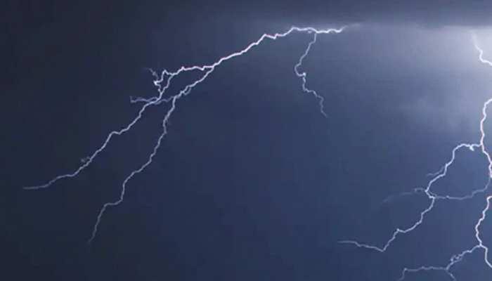 जनूबी हिंदुस्तान में लगातार शदीद बारिश, उत्तर प्रदेश में बिजली गिरने से 6 लोगों की मौत