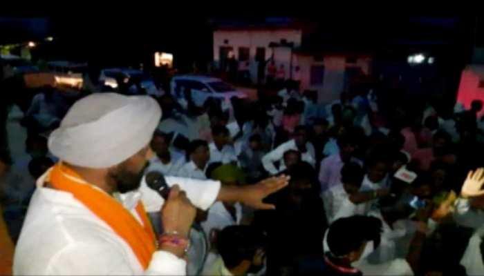 MP उपचुनाव: युवक ने पूछा 'दलबदल' का सवाल तो चुप हो गए शिवराज के कैबिनेट मंत्री