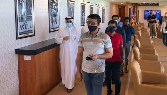 ऐतिहासिक शारजाह स्टेडियम पहुंचे सौरव गांगुली, IPL की तैयारियों का लिया जायजा