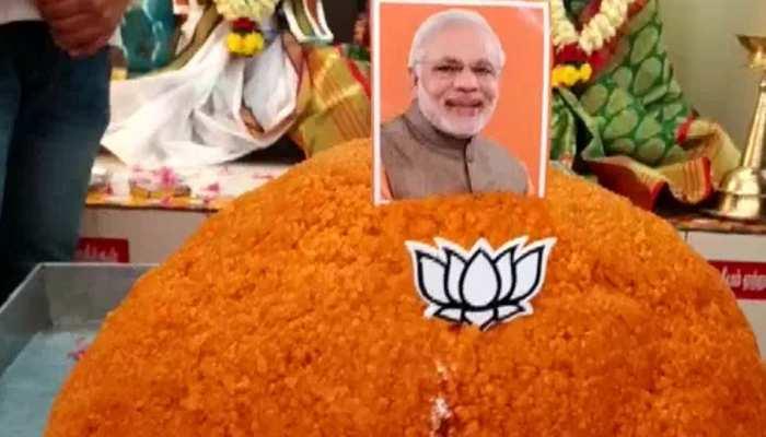 मोदी के जन्मदिन से पहले मंदिर में चढ़ा 70 किलो का लड्डू, 1 हफ्ते तक मनाया जाएगा PM का B'day