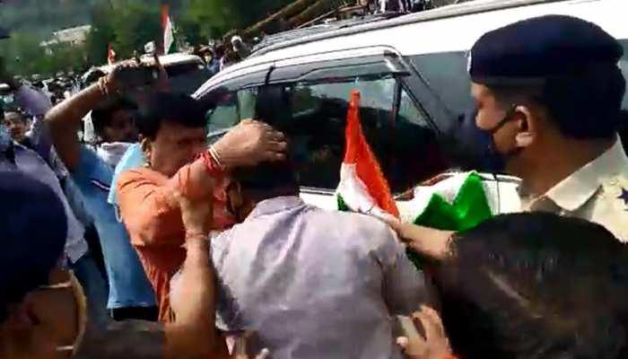 कैबिनेट मंत्री प्रद्युम्न सिंह तोमर और कांग्रेस कार्यकर्ताओं के बीच झूमाझटकी, वीडियो वायरल