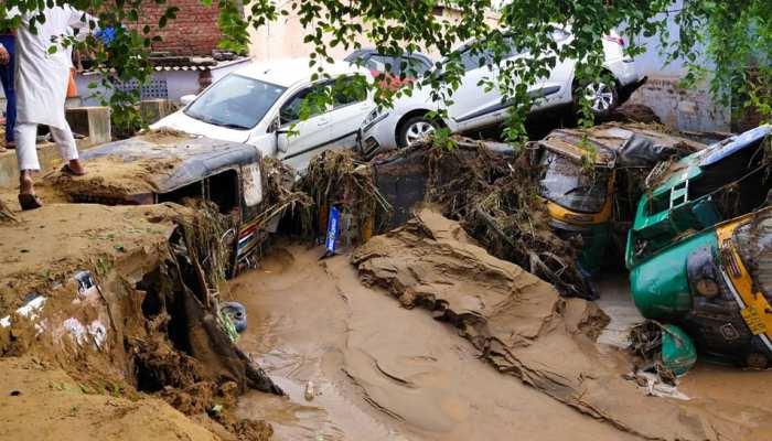 जयपुर: बाढ़ पीड़ितों को जल्द मिलेगी सहायता राशि, DM बोले- 'देरी का मलाल है'