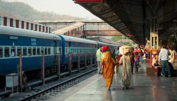 इन रूट्स में ट्रेनों से यात्रा करने वालों को मिलेगा सिर्फ कंफर्म टिकट, वेटिंग की समस्या खत्म