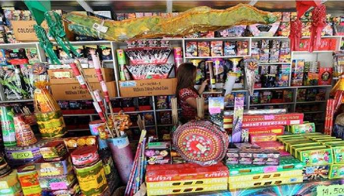 जयपुर: दीपावली पर ग्रामीण क्षेत्र में आतिशबाजी के अस्थायी लाइसेंस के निर्देश जारी