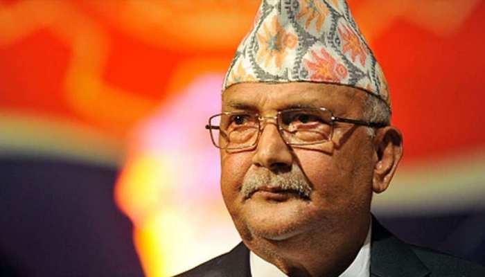 भारत के आगे झुका नेपाल, विवादित नक्शे वाली किताब पर लगाई रोक