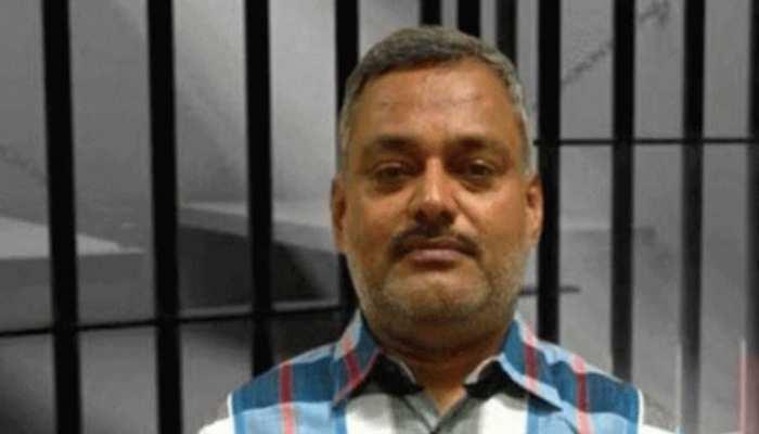 'कानपुर वाले गैंगस्टर' पर बनेगी वेब सीरीज, किसी फिल्मी खलनायक से कम नहीं था रौब