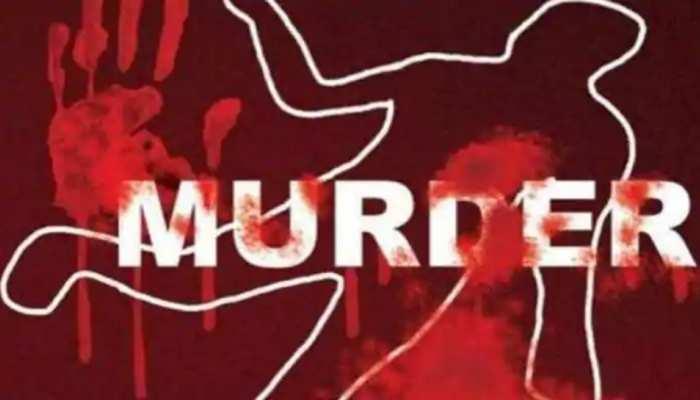 500 रुपये के लिए महिला ने कर दी बेटे के दोस्त की हत्या, पीट-पीटकर ली जान