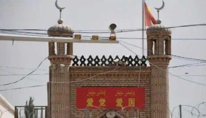 चीन में वीगर मुस्लिमों पर अत्याचार, ढहा दी गईं 16 हजार मस्जिदें