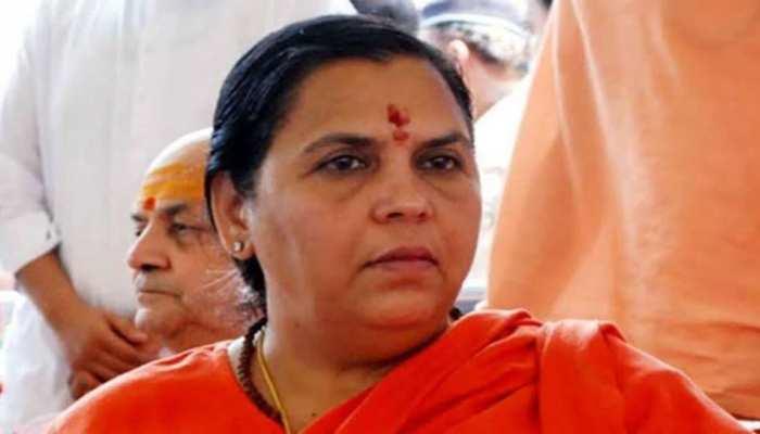 उमा भारती कोरोना से संक्रमित, ऋषिकेश AIIMS में कराया गया भर्ती