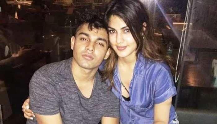 बॉम्बे हाई कोर्ट ने Rhea Chakraborty और शोविक की जमानत पर फैसला सुरक्षित रखा