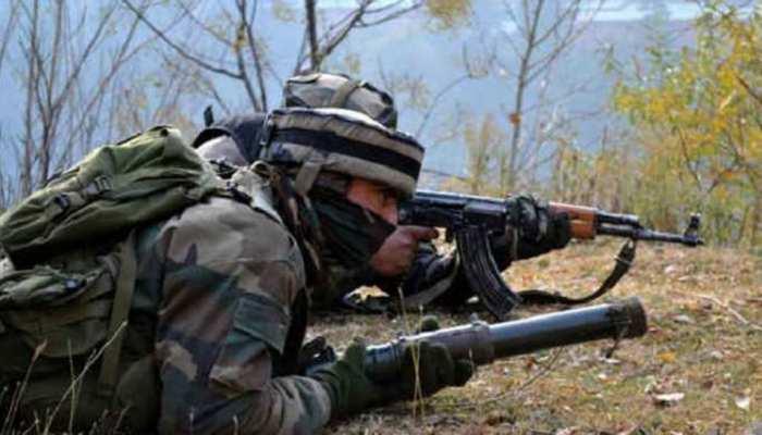 J&K: पाकिस्तान ने फिर तोड़ा सीजफायर, 2 जवान शहीद, 4 घायल