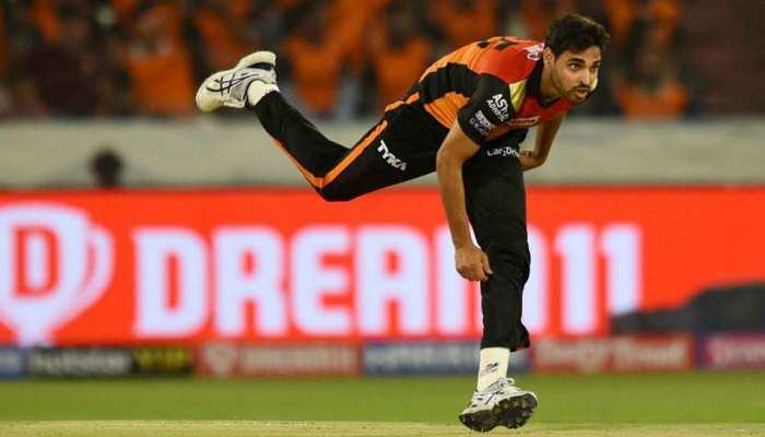 IPL 2020: चोट ने दिया सनराइजर्स हैदराबाद को भी झटका, भुवी हो गए लीग से आउट