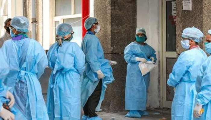 देश में कोरोना संक्रमितों की संख्या 66 लाख के पार, 24 घंटे में इतने हजार नए केस