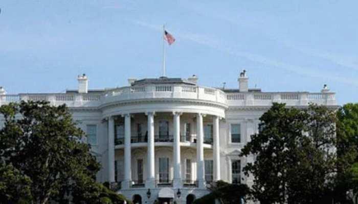 व्हाइट हाउस में कोरोना का प्रकोप बढ़ा, ट्रंप के एक और करीबी आए चपेट में