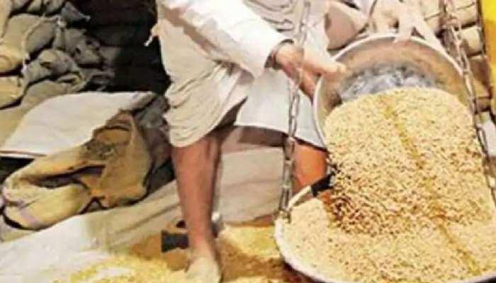 'PM गरीब कल्याण अन्न योजना' में बड़ा घोटाला, अधिकारियों की शह पर गायब हुआ करोड़ों का अनाज