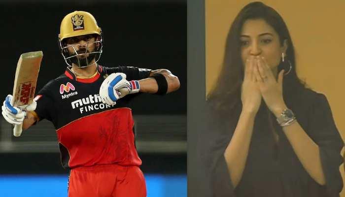 IPL 2020: अनुष्का शर्मा ने विराट कोहली को दिया Flying Kiss, तस्वीरें वायरल