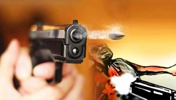 पाकिस्तान: कराची में सुन्नी मौलाना को बीच बाजार बदमाशों ने मारी गोली
