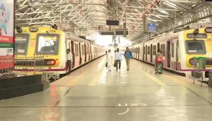 मुंबई: बिजली सप्लाई ठप होने से थम गई ट्रेन, एग्ज़ाम हुए रद्द और अदालत की कार्रवाई भी रुकी