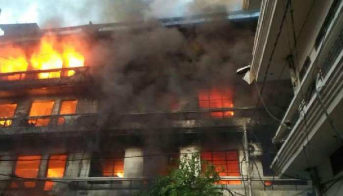 राजधानी भोपाल के आजाद मार्केट में लगी आग, मची अफरा-तफरी