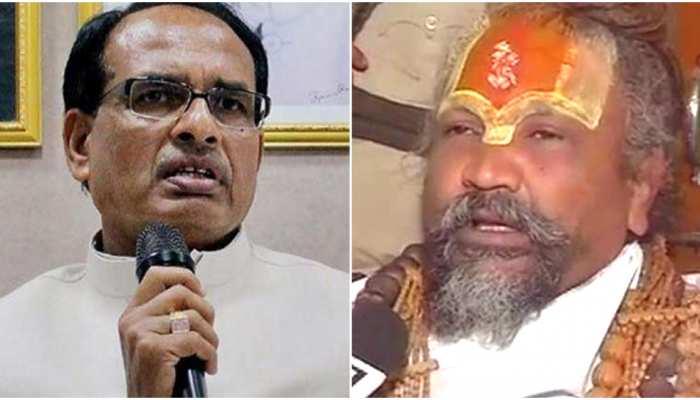 चुनावी दंगल में दांव पर बाबाओं की दाढ़ी, कांग्रेस या बीजेपी किस पर पड़ेगी भारी?