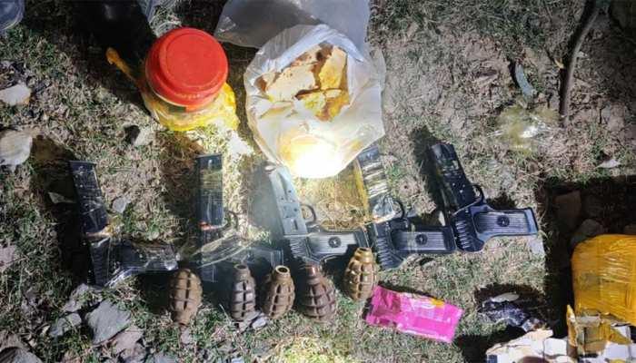 पाकिस्तान की तरफ से LOC पर भारी मात्रा में हथियार और गोला बारूद बरामद