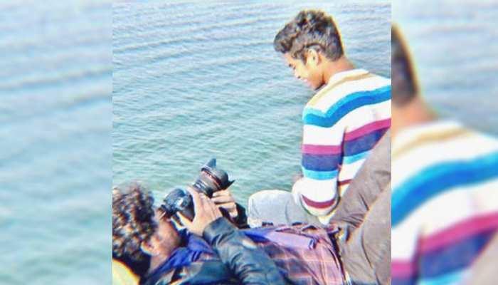जब Irrfan Khan ने अपने बेटे के लिए संभाला था कैमरा, देखिए ये भावुक करने वाली तस्वीर