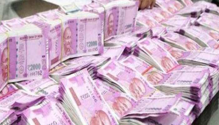 217 करोड़ रुपए फीस लेने वाले वकील पर आयकर विभाग ने कसा शिकंजा, 38 ठिकानों पर छापे