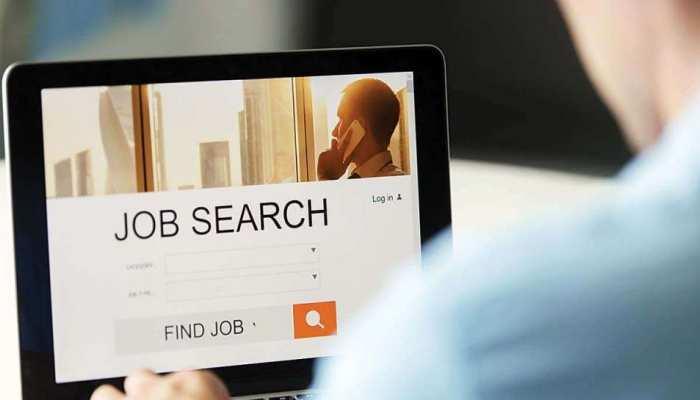 घर बैठे भी कर सकते हैं Internship Jobs, इन वेबसाइट्स पर मिलेगा मौका