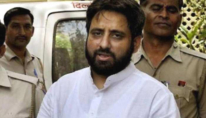 बढ़ सकती हैं अमानतुल्लाह खान की मुश्किलें, पिछले कार्यकाल की होगी जांच