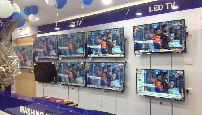 स्मार्ट LED TV पर बंपर छूट, Amazon पर मिल रहा 50 परसेंट तक डिस्काउंट