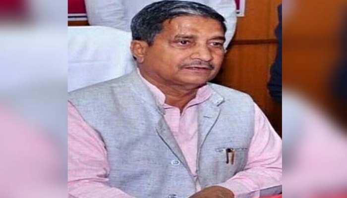 योगी सरकार में मंत्री मुकुट बिहारी का ऐलान, बिहार के बाद अब यूपी में बांटी जाएगी मुफ्त कोरोना वैक्सीन