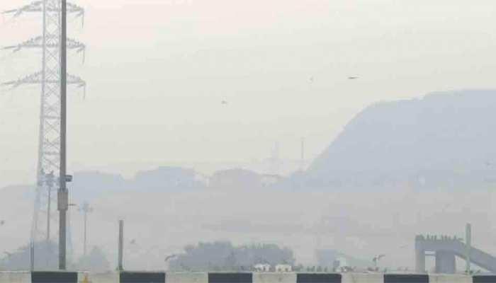विजयादशमी के बाद बेहद खतरनाक हुई दिल्ली की हवा, अशोक विहार में AQI 520 पहुंचा