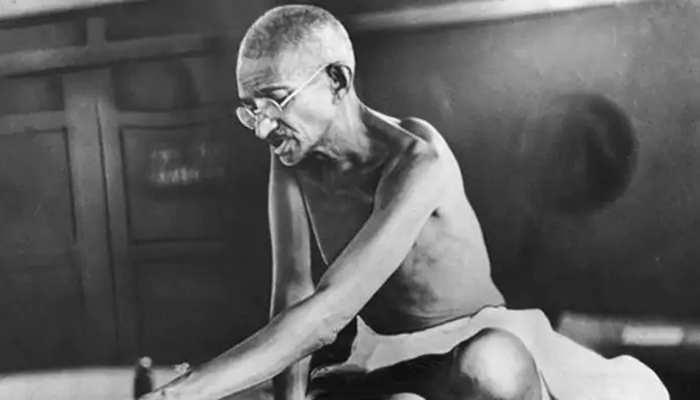जब जामिया को बचाने के लिए भीख मांगने तक को तैयार हो गए थे राष्ट्रपिता महात्मा गांधी