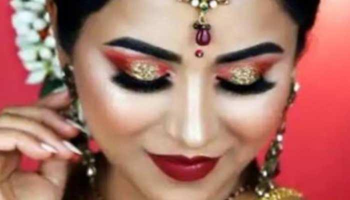 Karwa Chauth Makeup: अब घर पर ही करें अपना स्पेशल मेकअप, बढ़ जाएगी करवा चौथ की रौनक