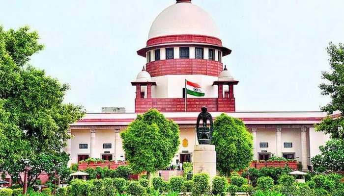 सुप्रीम कोर्ट ने मुख्यमंत्री रावत के खिलाफ CBI जांच के आदेश पर रोक लगाई