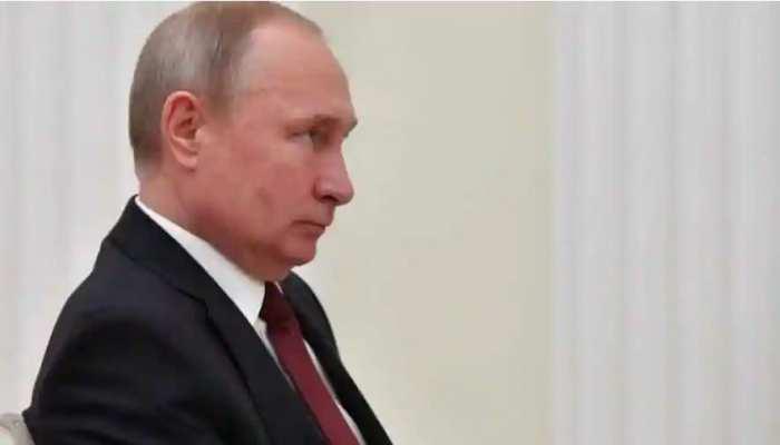 कार्टून विवाद के बीच चार्ली हेब्दो मैगजीन पर आया रूस का ये बड़ा बयान