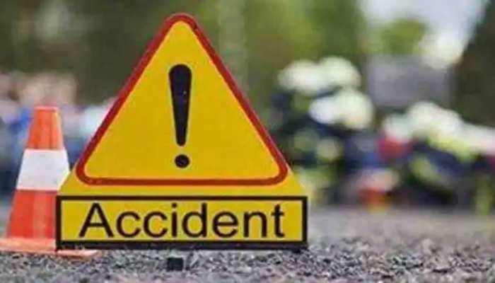 दमोह में दर्दनाक सड़क हादसा, 2 ने मौके पर ही तोड़ा दम, 6 लोग घायल