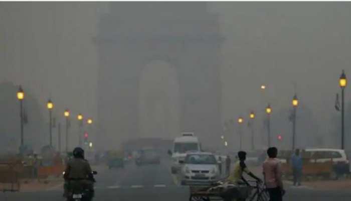 Air Pollution: दिल्ली-NCR में हवा के चलते मामूली राहत, पराली ने बढ़ाई चिंता