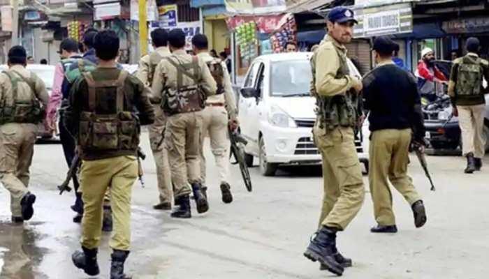 J&K: BJP नेता पर आतंकी हमला, हिज्बुल के 3 सहयोगी गिरफ्तार