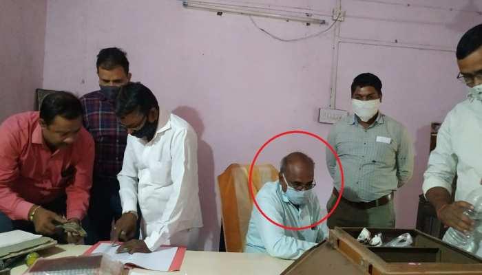 बारां: 25000 की रिश्वत लेता नायब तहसीलदार हरी प्रसाद गुप्ता रंगे हाथों गिरफ्तार