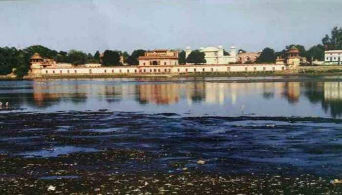 ब्रज में प्रदूषण की मार से 'कराह' रही कालिंदी, इन स्मारकों के अस्तित्व पर आया खतरा