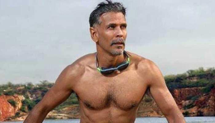 Milind Soman के न्यूड फोटो पर फैंस ने ली चुटकी, लोगों ने गिफ्ट किए अंडरगार्मेंट्स