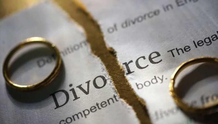 बेरोजगार पति ने अफसर बीवी से मांगा भरण-पोषण भत्ता, पत्नी ने ब्लॉक करा दिया ATM कार्ड