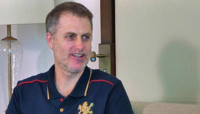 RCB कोच साइमन कैटिच ने मानी गलती, कहा- 'हम 10वें मैच के बाद राह से भटक गए'